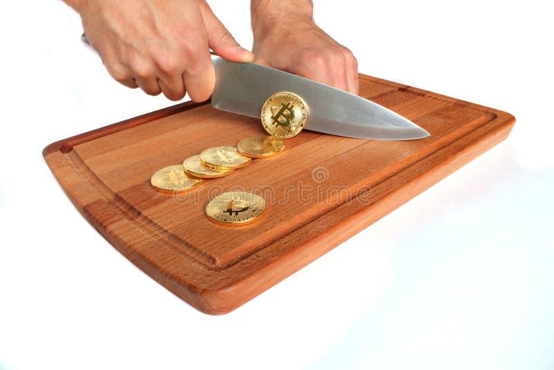 Bitcoin bryta som är idérikt royaltyfria bilder