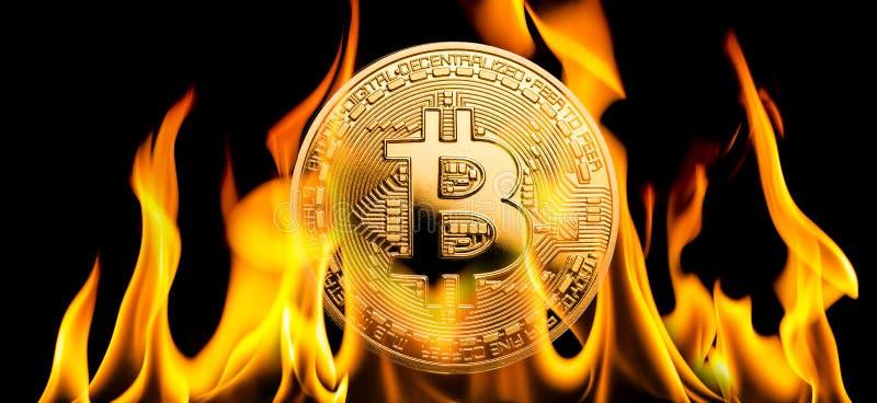 Bitcoin - BTC烧在火焰的cryptocurrency金钱 库存照片
