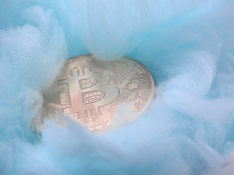 Bitcoin cuidado en exceso imágenes de archivo libres de regalías