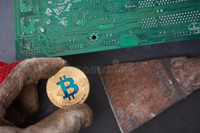 Bitcoin de saleté fait par contrats sales images libres de droits