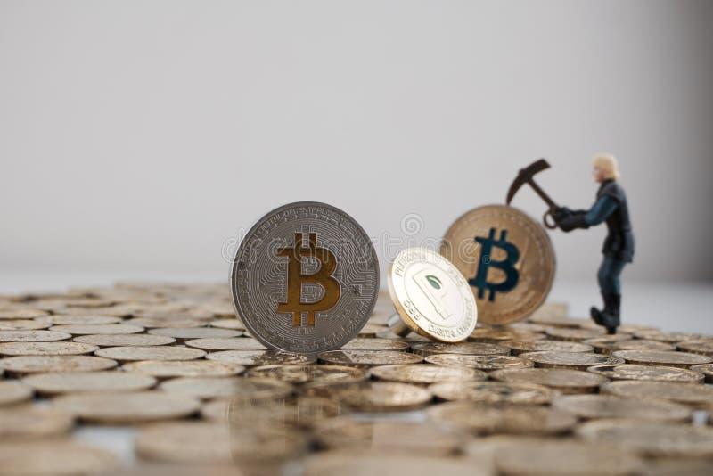 Bitcoin e peercoin imagem de stock royalty free