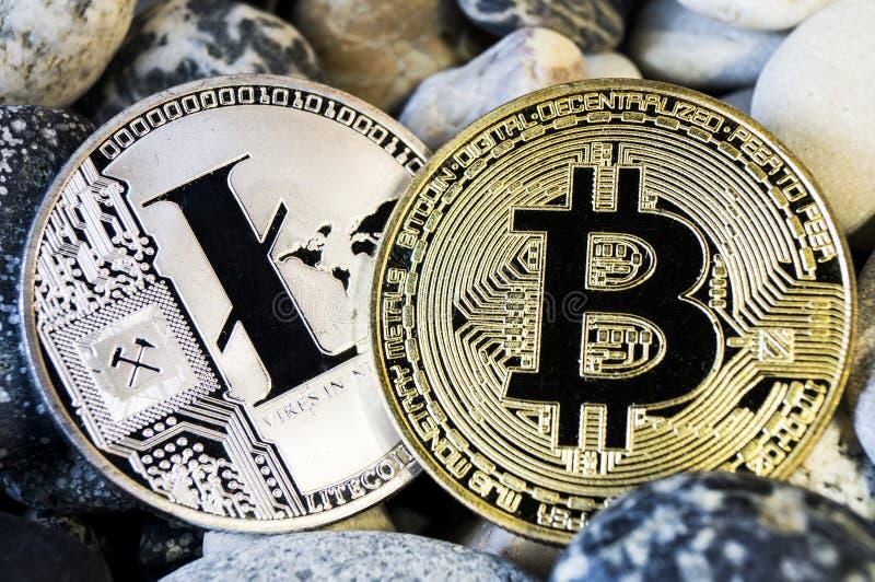 Bitcoin is een moderne manier van uitwisseling en deze crypto munt stock foto