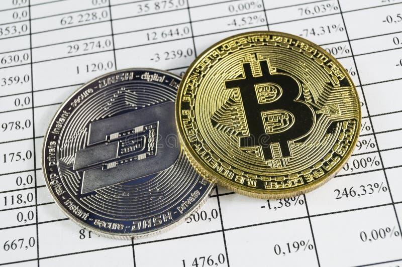 Bitcoin is een moderne manier van uitwisseling en deze crypto munt stock afbeelding