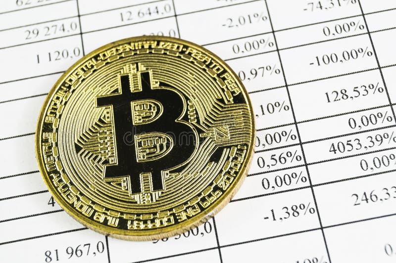 Bitcoin is een moderne manier van uitwisseling en deze crypto munt royalty-vrije stock foto's
