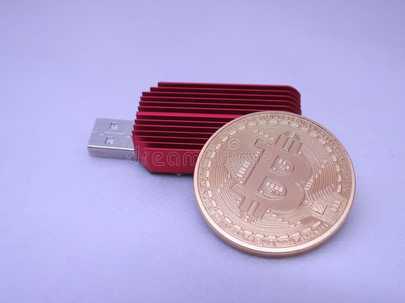 Bitcoin en asic royalty-vrije stock fotografie