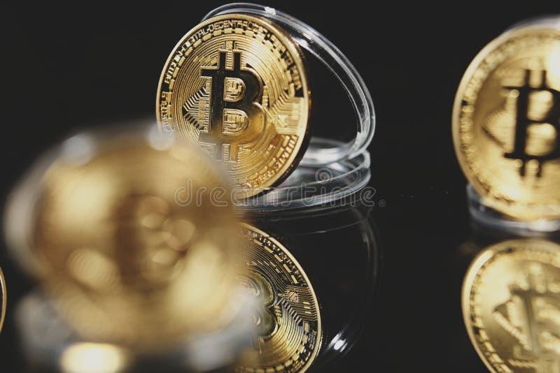 Bitcoin en su caso fotografía de archivo libre de regalías