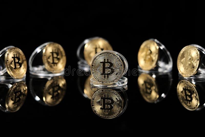 Bitcoin en su caso fotos de archivo