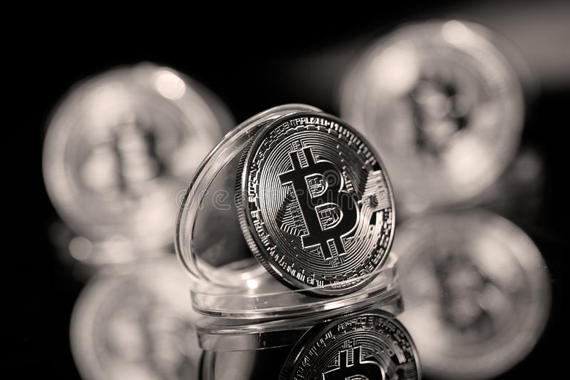 Bitcoin en su caso fotos de archivo libres de regalías