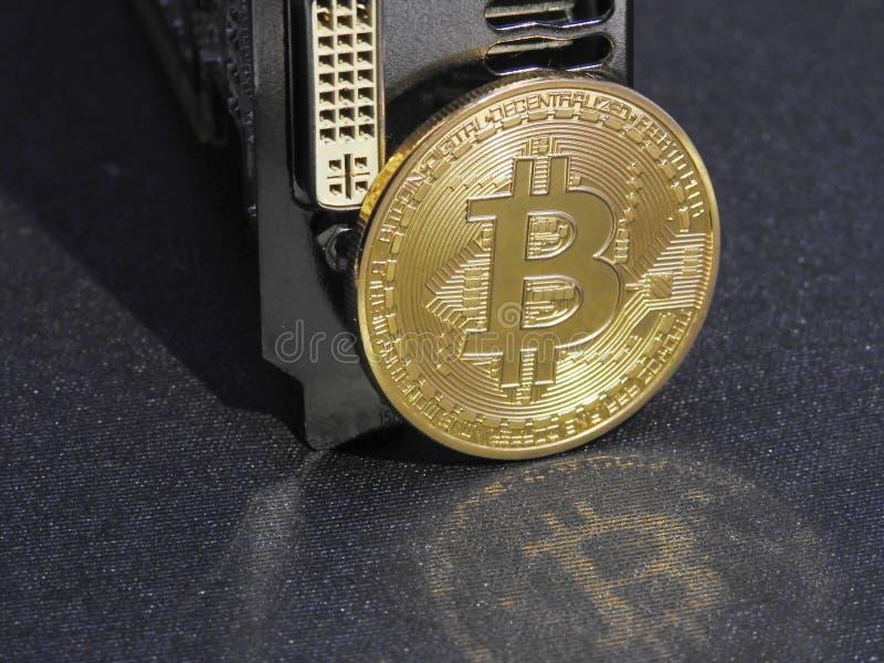 Bitcoin en unidad central de los gráficos o GPU imágenes de archivo libres de regalías