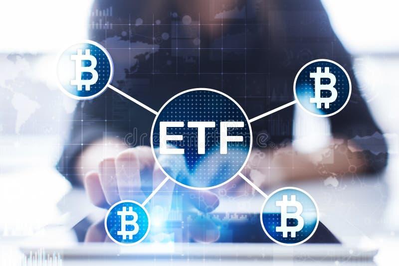 Bitcoin ETF,交换换了在虚屏上的资金和cryptocurrencies概念 库存照片