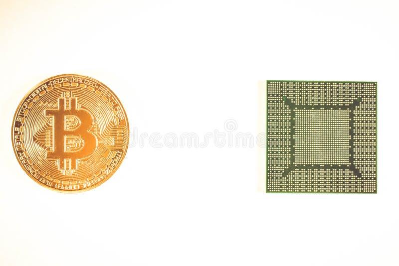 Bitcoin guld- mynt och video chip Crypto valuta fotografering för bildbyråer