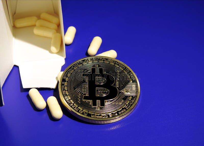Bitcoin i gorzkie pigułki obrazy stock
