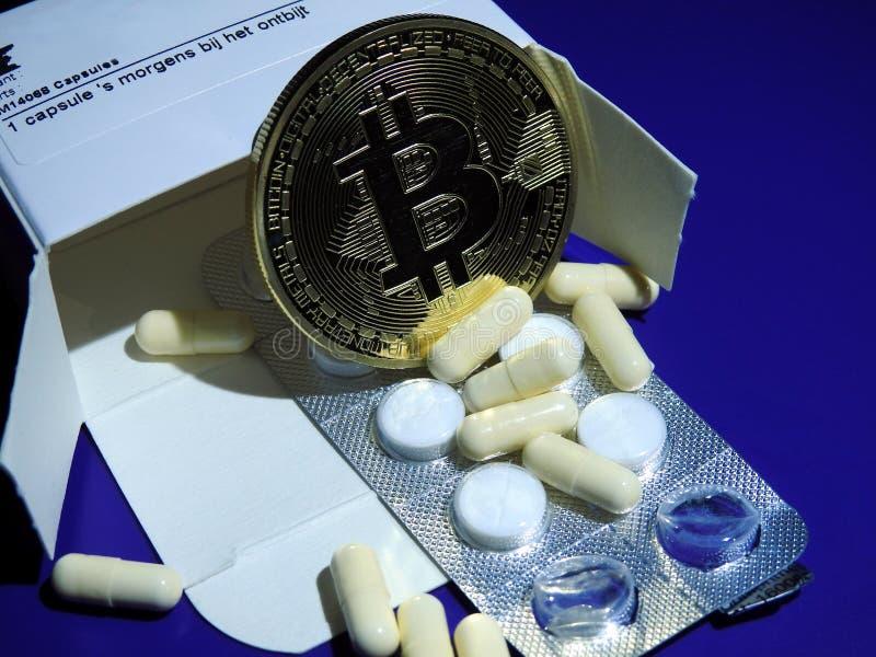 Bitcoin i medycyna fotografia stock