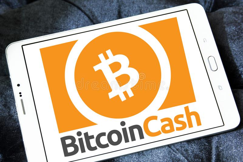 Bitcoin kontant Cryptocurrency logo royaltyfria bilder