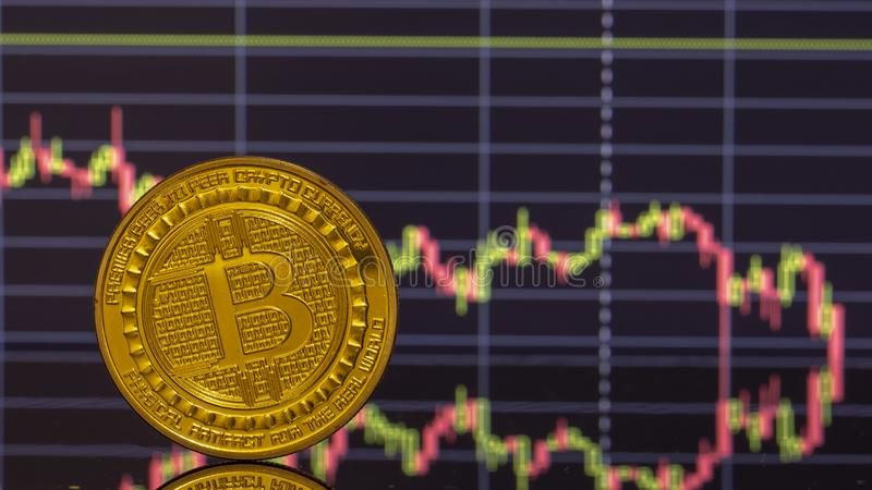 Bitcoin moneta na tło grafika w górę fotografia royalty free