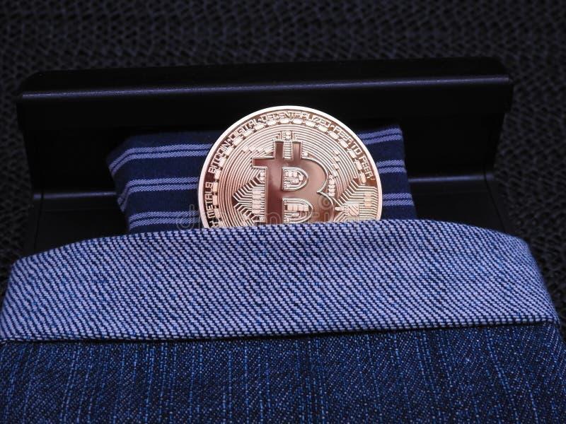 Bitcoin na cama fotografia de stock