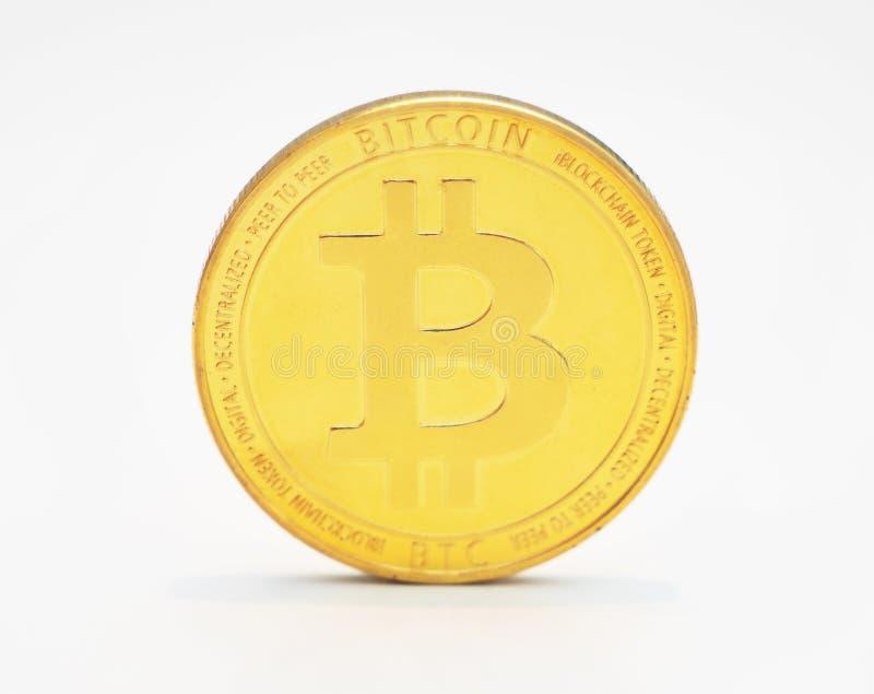 Bitcoin på vit bakgrund arkivfoto