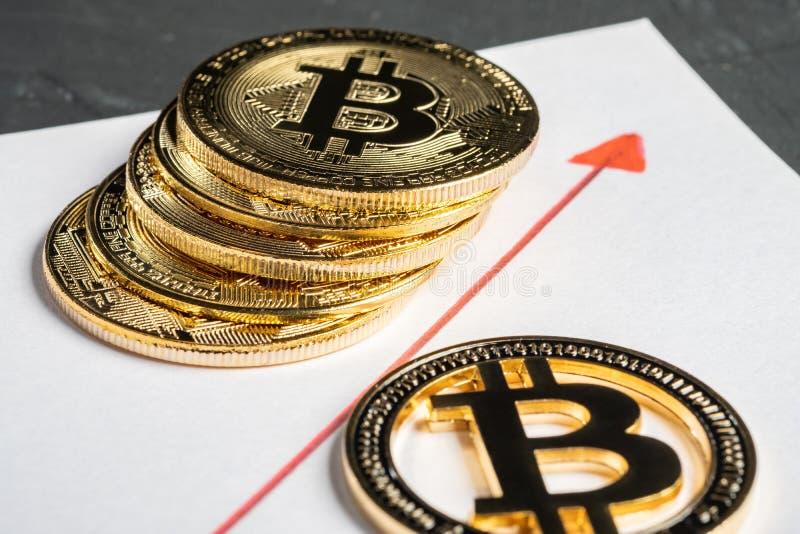 Bitcoin równy sobie system płatności który używa ten sam jednostkę uzasadniać transakcje fotografia stock