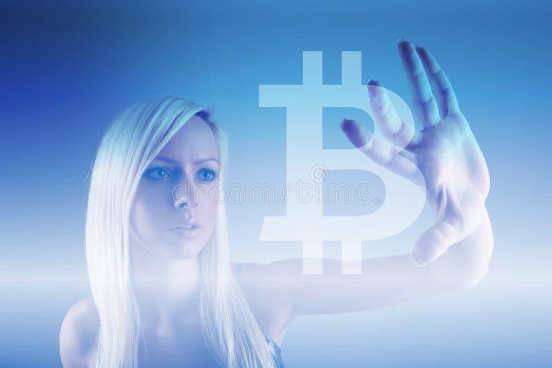Bitcoin szyldowa cyfrowa waluta, futurystyczny cyfrowy pieniądze, blockchain technologii pojęcie obrazy royalty free