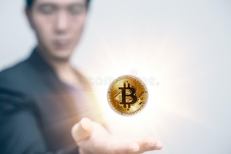 Bitcoin und blockchain Zukunft des Geldkonzeptes lizenzfreie stockfotos