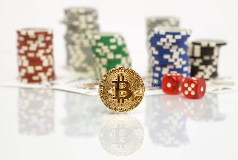 Bitcoin uprawia hazard grę z grzebaków układami scalonymi obraz royalty free