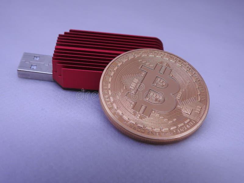 Bitcoin y asic fotografía de archivo libre de regalías
