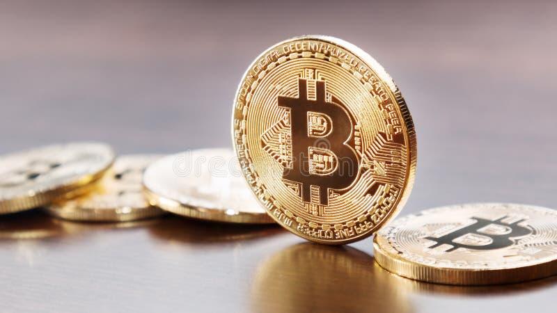 Bitcoinmuntstuk op lijst stock afbeelding
