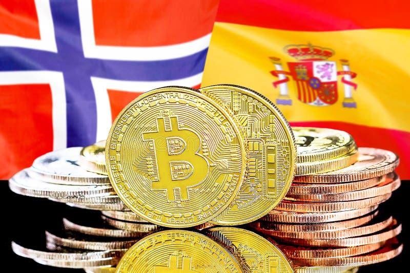 Bitcoins auf Norwegen- und Spanien-Flagge Hintergrund lizenzfreies stockfoto
