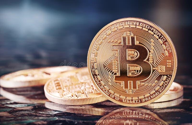 Bitcoins dorato fotografia stock