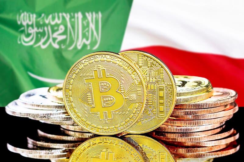 Bitcoins fundo na bandeira de Arábia Saudita e de Polônia imagem de stock royalty free