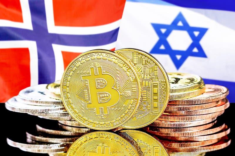 Bitcoins på Norge och Israel flaggabakgrund royaltyfria bilder
