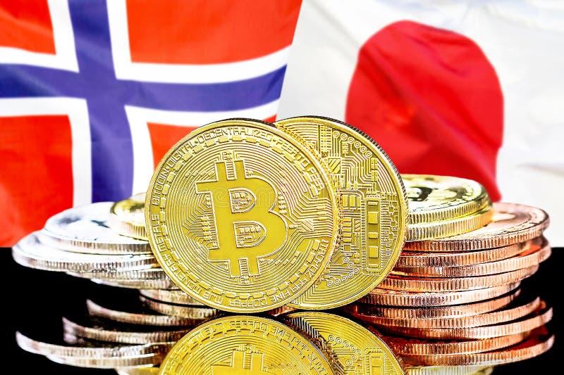 Bitcoins på Norge och Japan flaggabakgrund royaltyfri foto