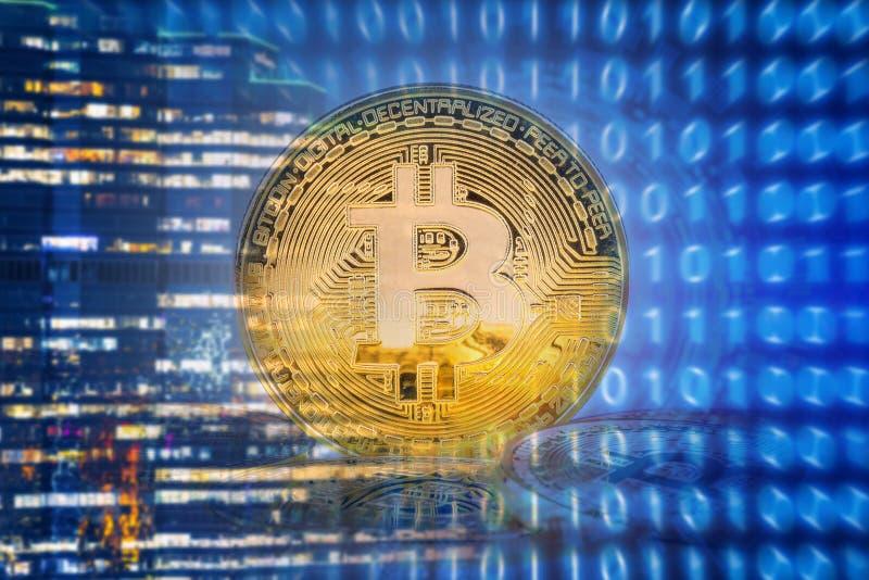Bitcoins sur le fond de technologie photo libre de droits