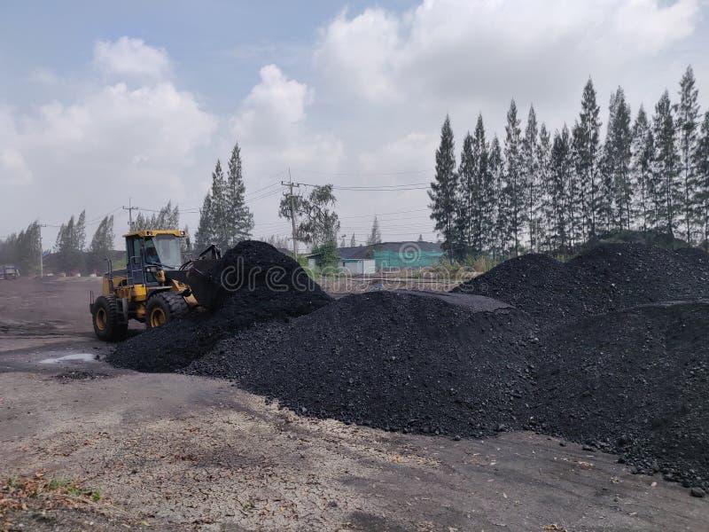 Bitumiczny - antracyta węgiel, wysokiego pozioma węgla zapas obrazy royalty free