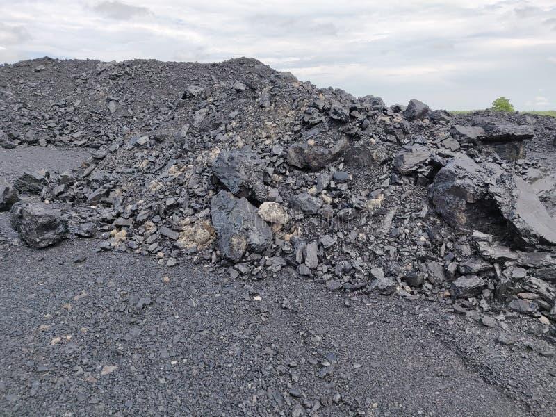 Bituminöst - antracitkol, kol för hög kvalitet arkivfoto