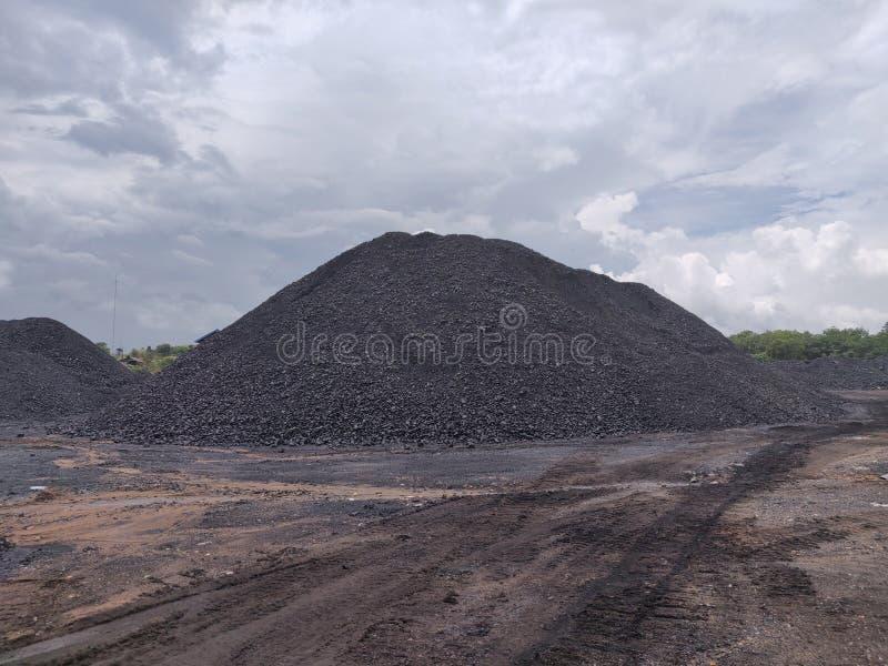 Bituminöst - antracitkol, kol för hög kvalitet royaltyfria bilder