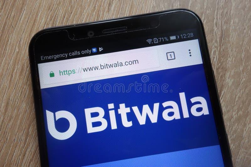 Bitwala website som visas på en modern smartphone arkivfoto