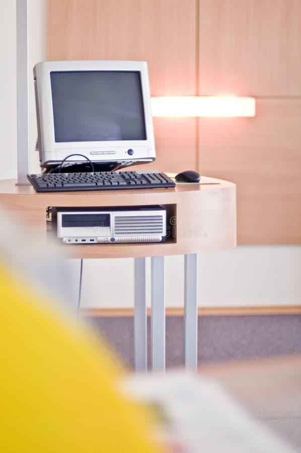 biurka komputerowy biuro obraz royalty free