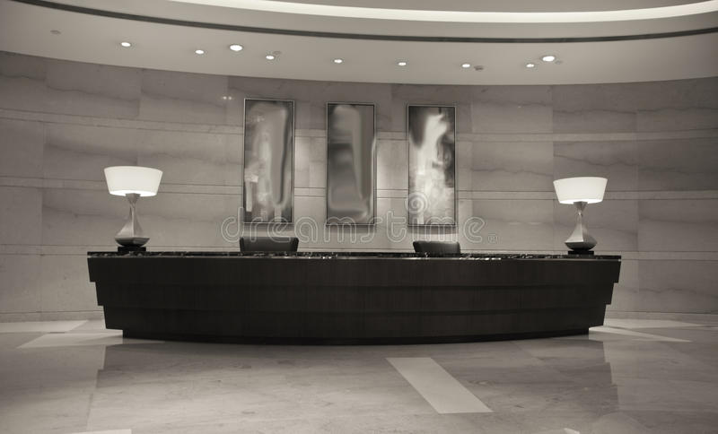 biurka przyjęcie hotelowy nowożytny obrazy stock