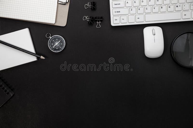 Biurowego biurka stół Biznesowy miejsce pracy i biznesowi przedmioty obrazy royalty free