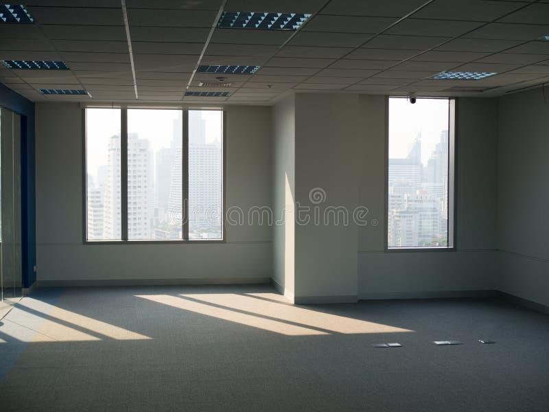 Biurowi okno, pusta pracy przestrzeń fotografia royalty free