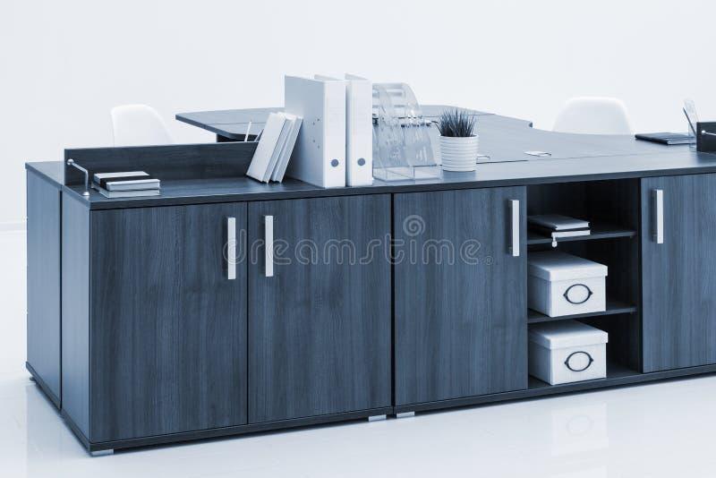 biurowy biurko i falcówka obrazy stock