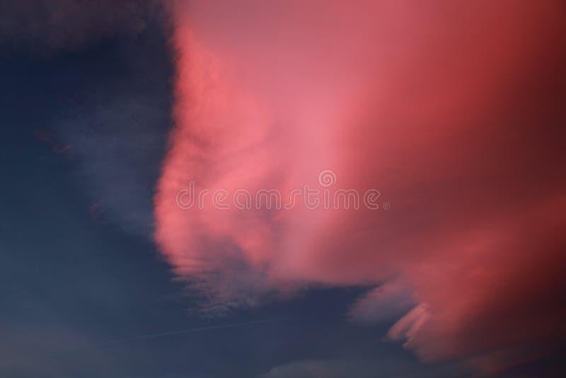 Bizarre wolkenvorming royalty-vrije stock afbeelding