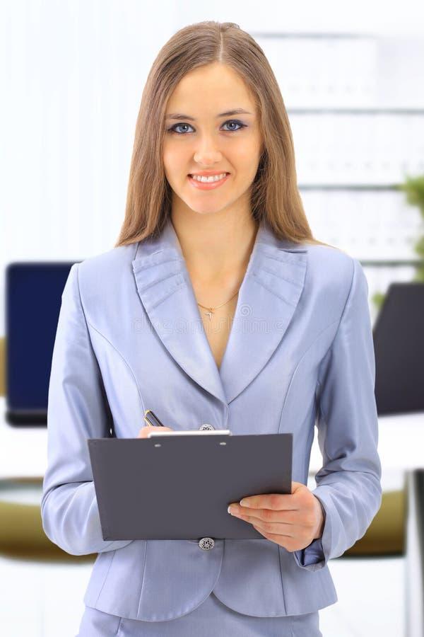 biznes bierze kobiet potomstwa obrazy stock