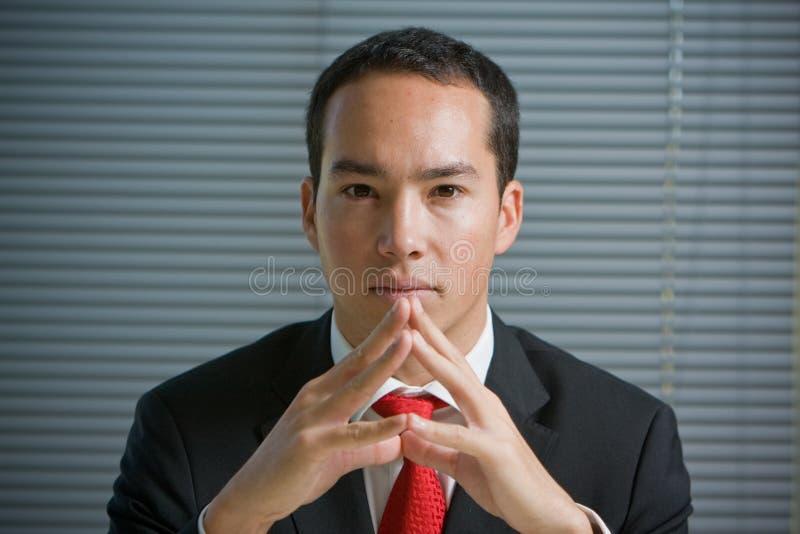 biznes koncentrujący spojrzenia mężczyzna poważny zdjęcia stock