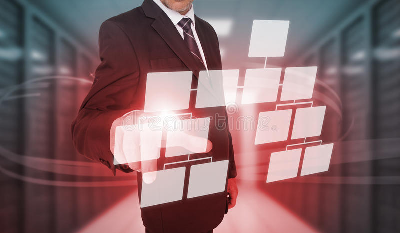Biznesmen dotyka futurystycznego flowchart interfejs ilustracja wektor
