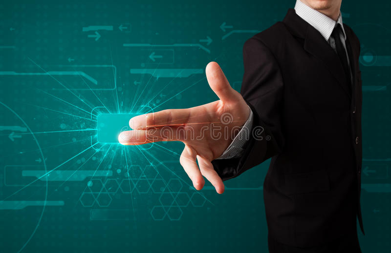 Biznesmen naciska zaawansowany technicznie typ nowożytni guziki zdjęcie royalty free