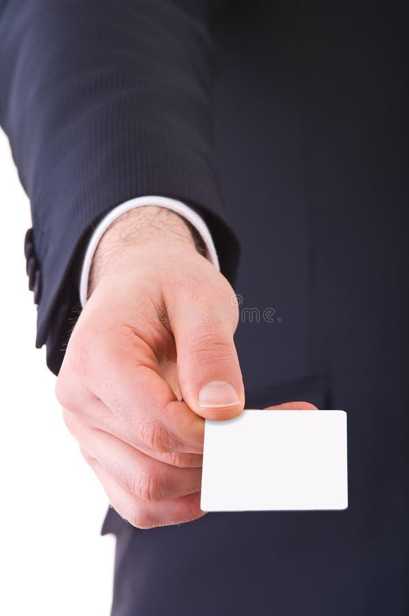 Biznesowy mężczyzna oferuje pustą kartę. zdjęcia royalty free
