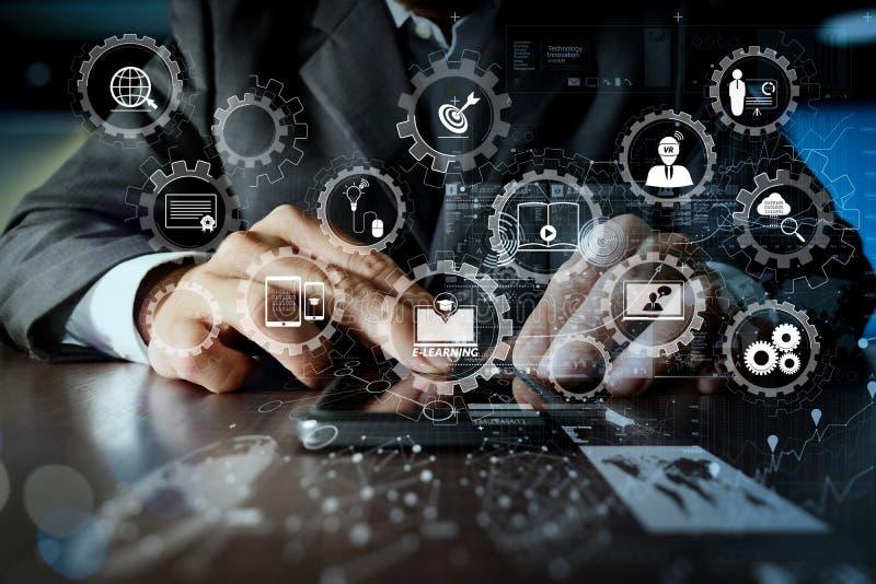 Biznesmen ręka używać telefon komórkowego z cyfrowym warstwa skutkiem jak obrazy stock