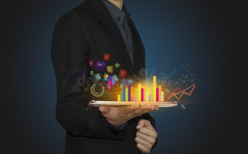 Biznesmen ręki chwyta wzrostowa mapa zdjęcia stock